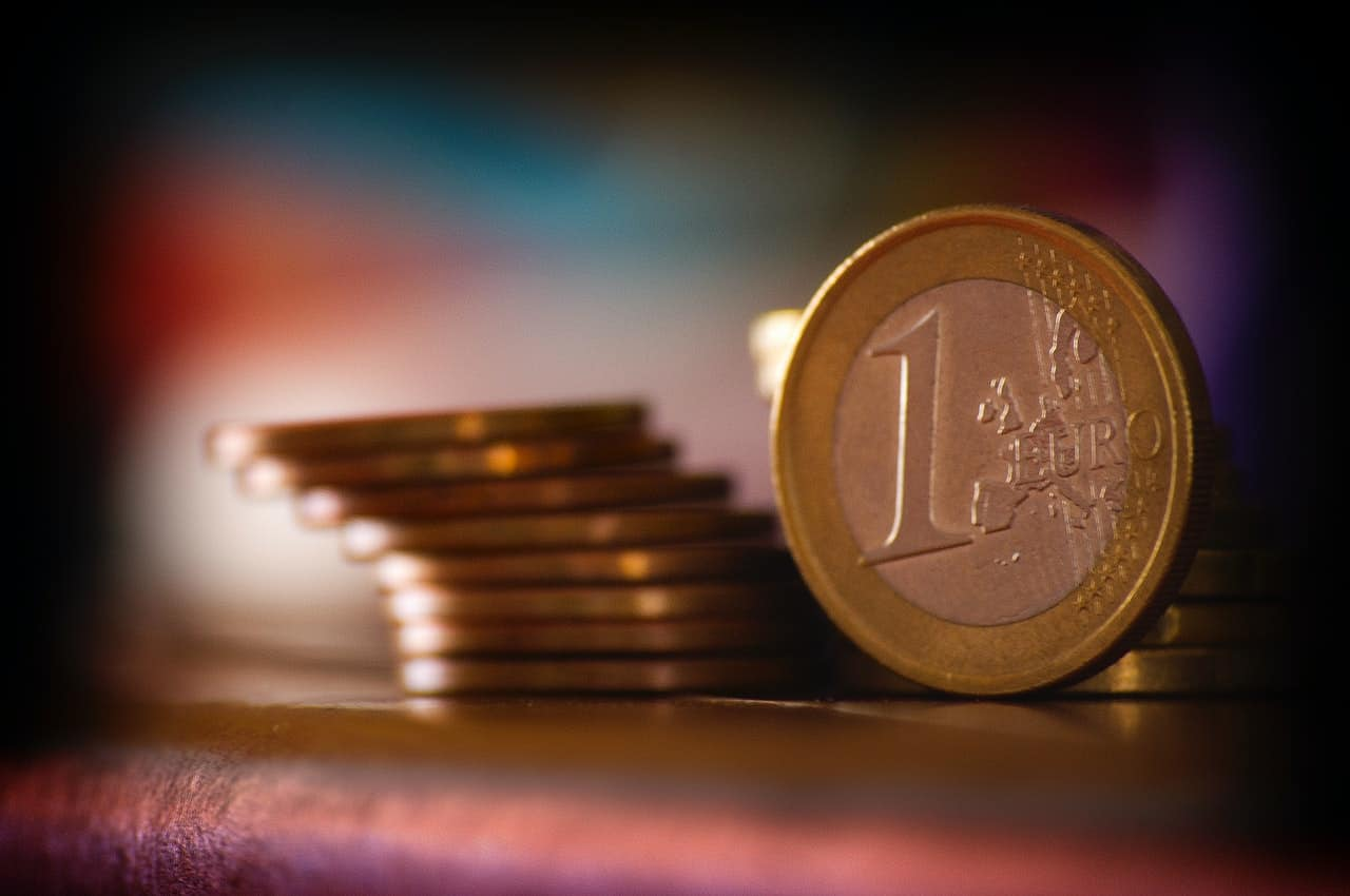 Pile de pièce de 1 euro