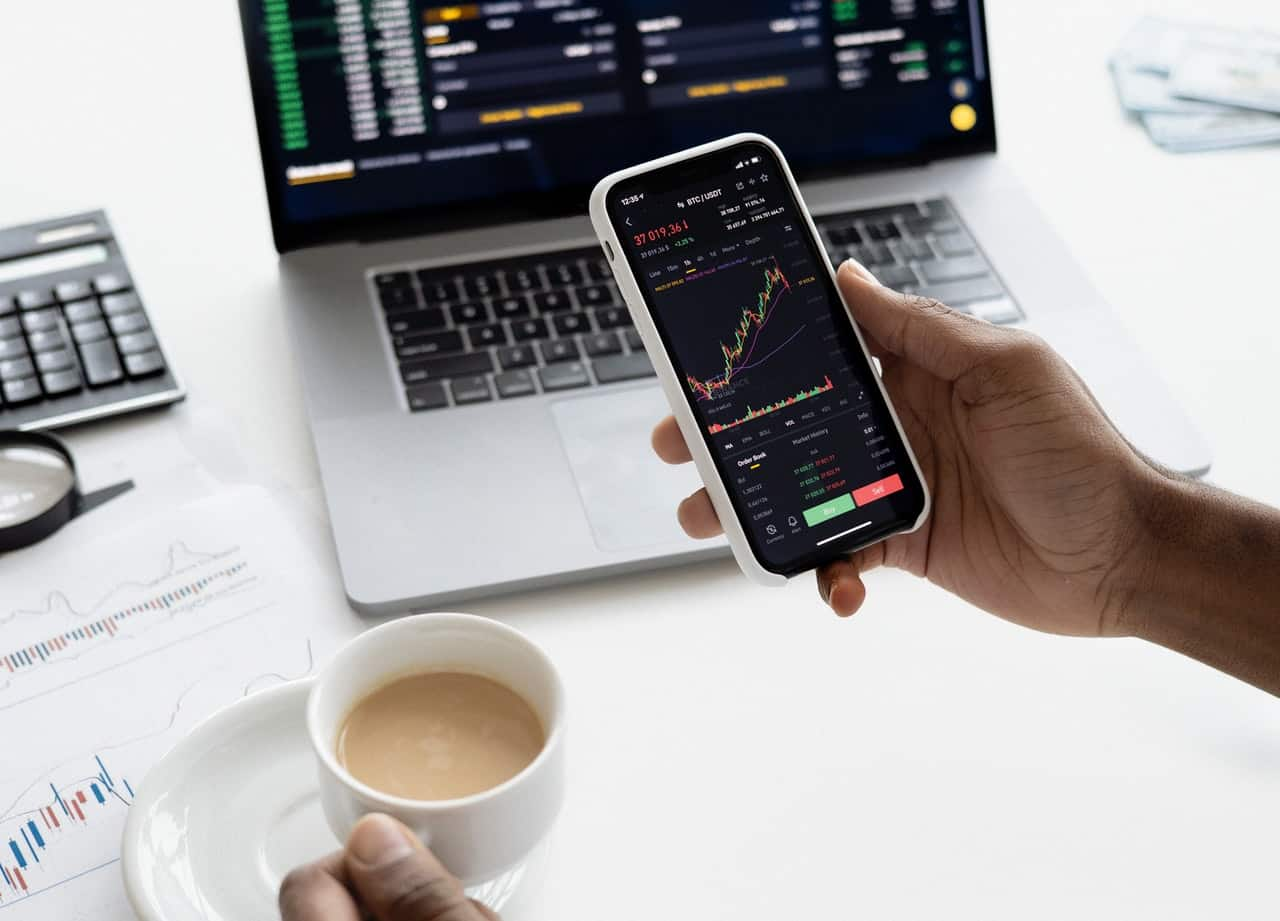 Suivi sur mobile des tendances de la bourses, meilleurs placement et investissement