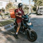 Plutôt Vélo ou Scooter Quand on est Coursier ?