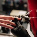 Meilleur gel UV pour ongles : Comment choisir le bon ?